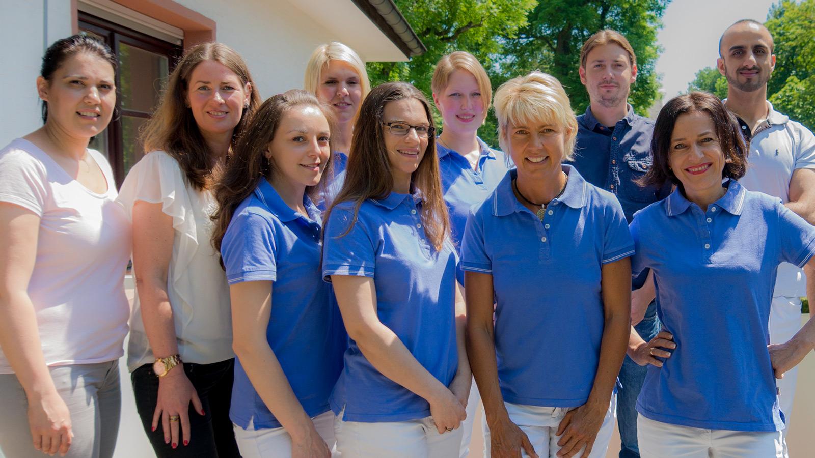 Praxis Dr. Wardak Kronberg Team